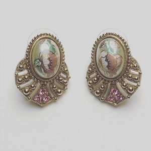 Jewelry - Vintage Style Floral Painted Faux Pearl Earrings